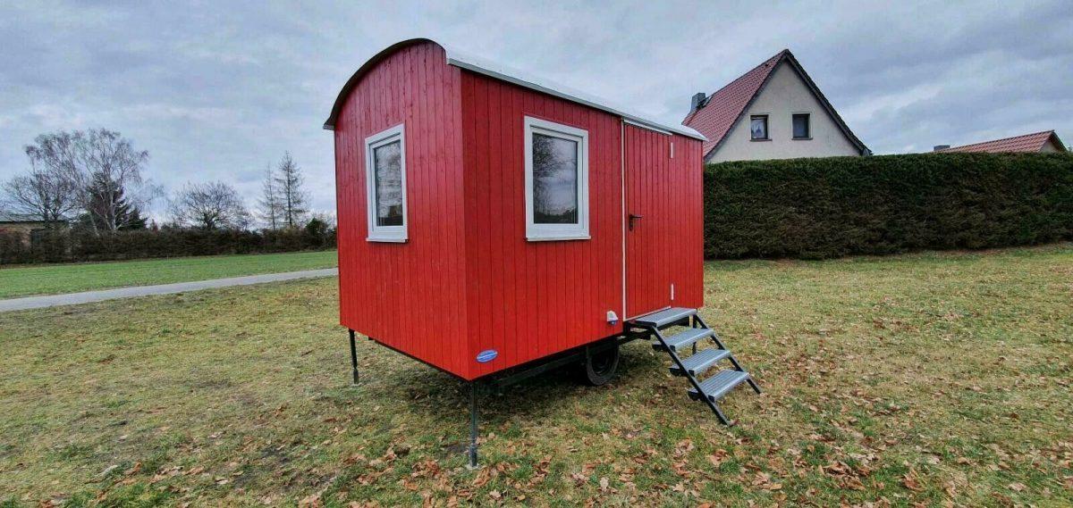 Bauwagen, Gartenhaus in Schwedenrot