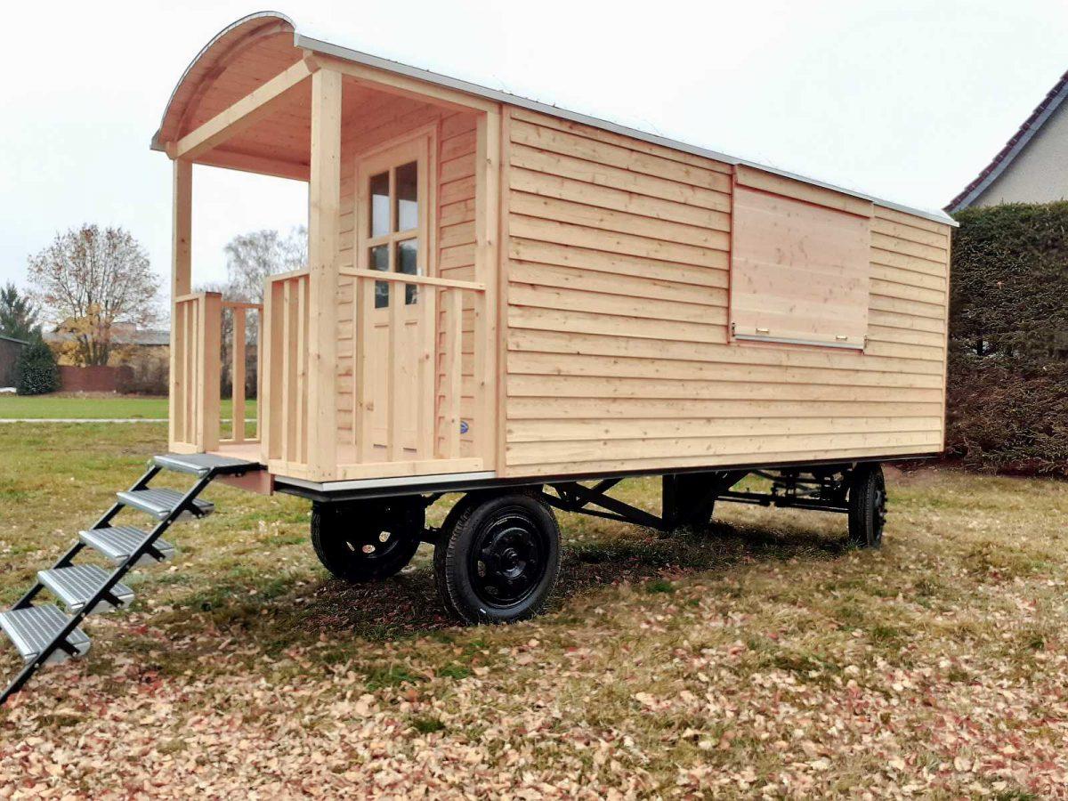 Bauwagen, Tinyhouse 6 m Lärche in Stülpschalung